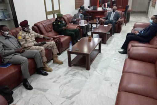 فيصل يرأس إجتماع اللجنة الإعلامية لجمع السلاح والعربات غير المقننة