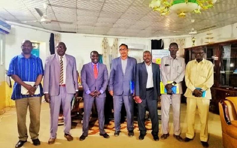 وسط دارفور تبحث مع وزارة الصناعة والتجارة تطوير التجارة الحدودية