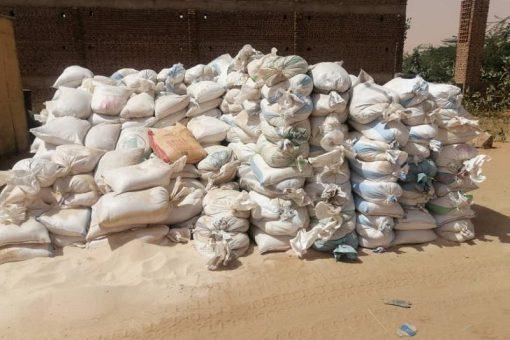 ضبط (500) جوال من الرمال البيضاء مهربة إلى ولاية الخرطوم