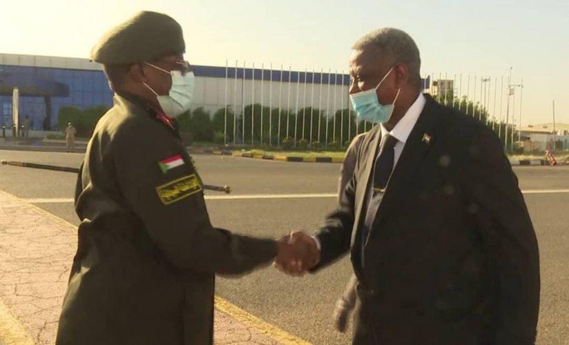 عضو السيادي الفريق ركن ياسر العطا يتوجه إلى جمهورية جيبوتي