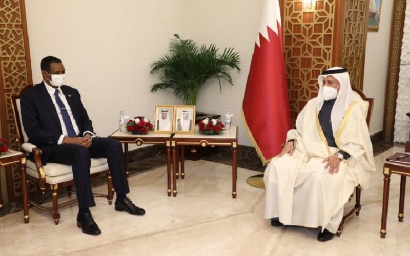 دقلو يلتقي برئيس مجلس الشورى القطري