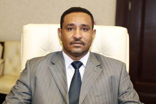 والي النيل الأبيض يلتقي وكيل وزارة الثروة الحيوانية