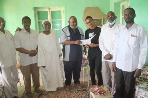 صندوق دعم الطلاب بنهر النيل يكرم أول الشهادة بالولاية