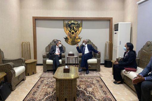 رئيس بعثة الامم المتحدة المتكاملة يصل البلاد