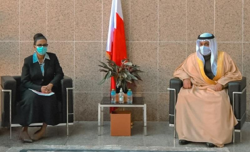 وزيرا الماليةالسوداني والبحريني يبحثان سبل تطويرالعلاقات الاقتصادية بين البلدين