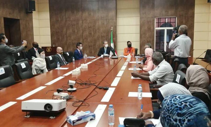 السودان واليابان يوقعان إتفاقيتى تعاون فى مجالى البيئة والصحة