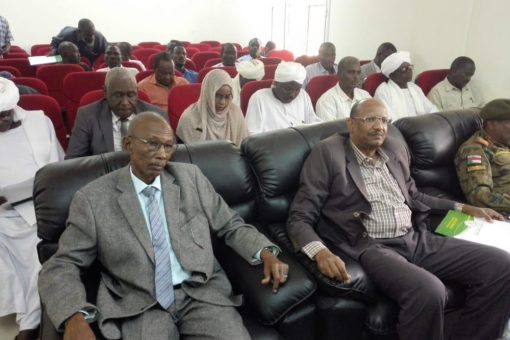 والي شرق دارفوريؤكد دعم حكومته لبرامج الصندوق القومي لرعايةالطلاب