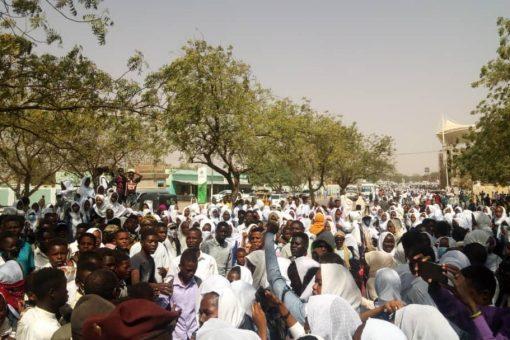 والي جنوب دارفور يتعهد بحل مشكلة الخبز والمواصلات بالولاية