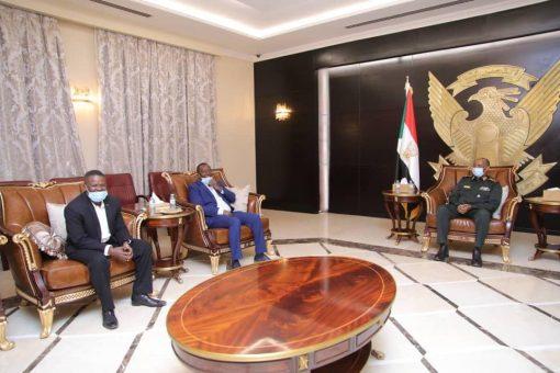 البرهان يثني على دورالرياضة في دعم القوات المسلحة والقضايا الوطنية