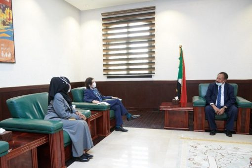 حمدوك يُجدد التزام الحكومة بتسهيل عمل المنظمات لتقديم المساعدات