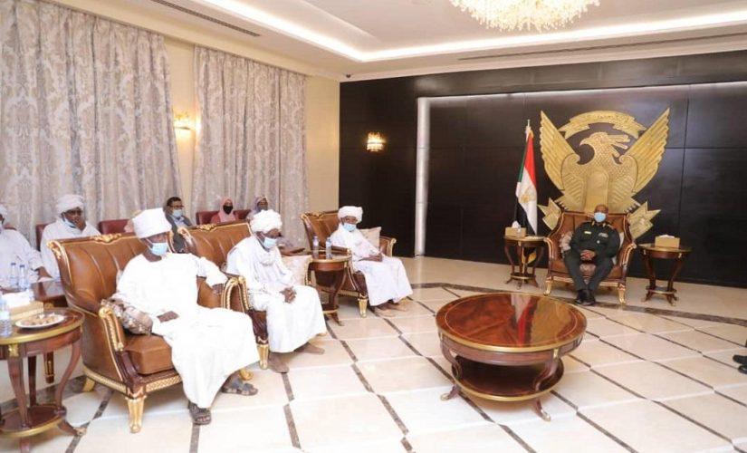 رئيس مجلس السيادة يلتقي مجلس شورى قبائل ولاية نهر النيل
