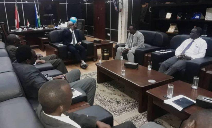 الكنين يلتقي وفد الحركة الشعبية لتحريرالسودان شمال (خارج المنطقتين)