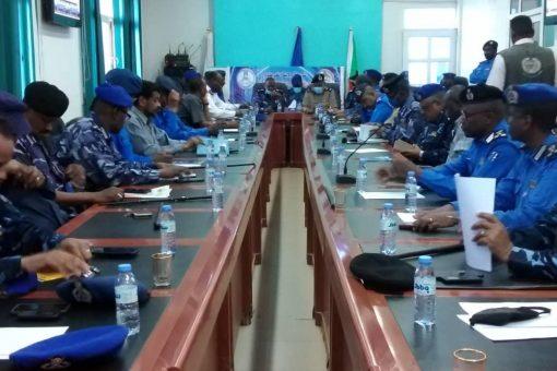 هيئة قيادة شرطة الخرطوم تبحث الوضع الأمني والجنائي بالولاية