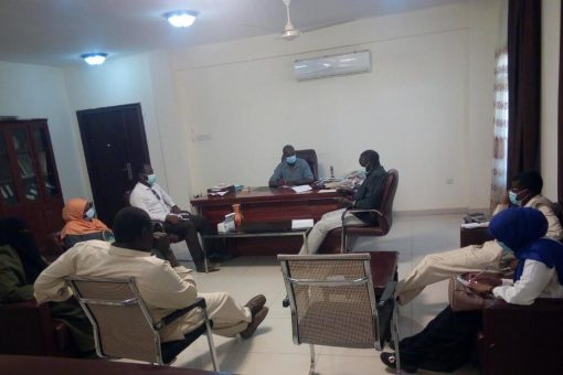 اللجنة الفنية لمجابهة كورونا تناقش الوضع الصحي بشرق دارفور
