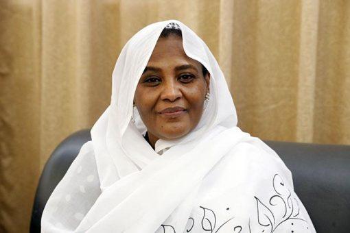 مريم الصادق المهدي تباشر مهامها وزيرة للخارجية