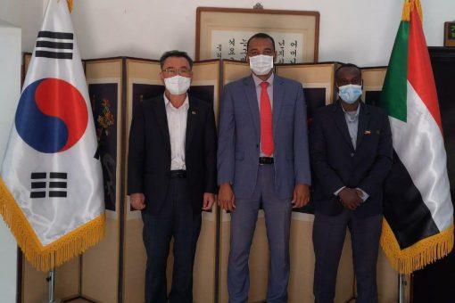 تعاون بين اتحاد التايكوندو وسفارة كوريا لإنشاء مركز تدريب دولي