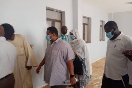 مدير الصحة بالجزيرة يتفقد منشآت مستشفى أزرق طيبة التخصصي