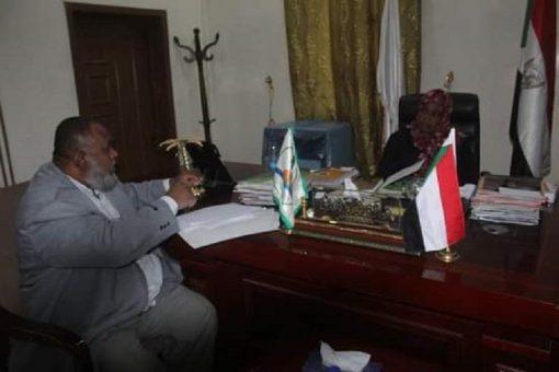 والي نهر النيل تتعهد بحل مشكلات داخليات الطلاب
