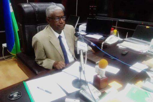 حكومةالجزيرة ترتب لحل مشاكل توظيف الخريجين و ترقيات العاملين