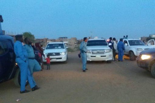 شرطة شرق النيل تفتتح بسط امن شامل بحي النصر 26