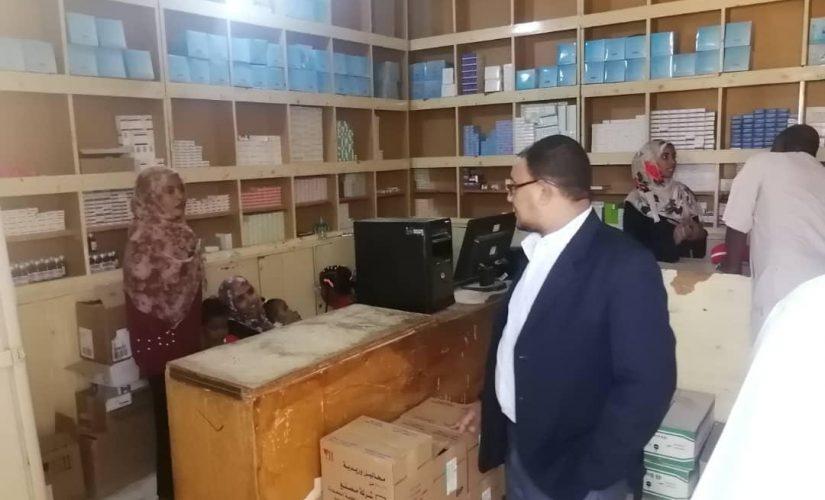 مدير التأمين الصحي بنهر النيل يقف على المباني الجديدة