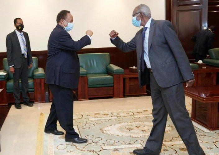 د. حمدوك يتلقى رسالة من الرئيس الإريتري