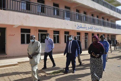خالد نمر:قرارات لإصلاح مستشفى البان جديد بالحاج يوسف