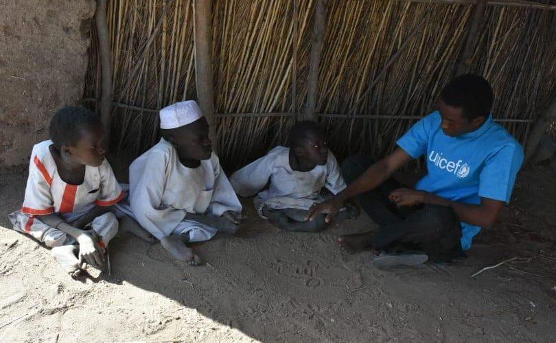 جمعيةاجيال المستقبل بالنيل الازرق :رعاية ثلاثة اطفال من ذوي الاعاقة