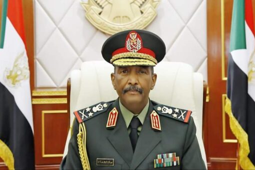 البرهان: لن نتفاوض قبل ان تنسحب القوات الاثيوبية تماماً