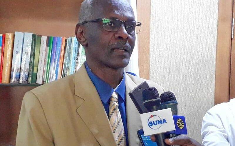 وزير الري يبحث معوقات العملية الزراعية بقسم ري سرحان بالجزيرة