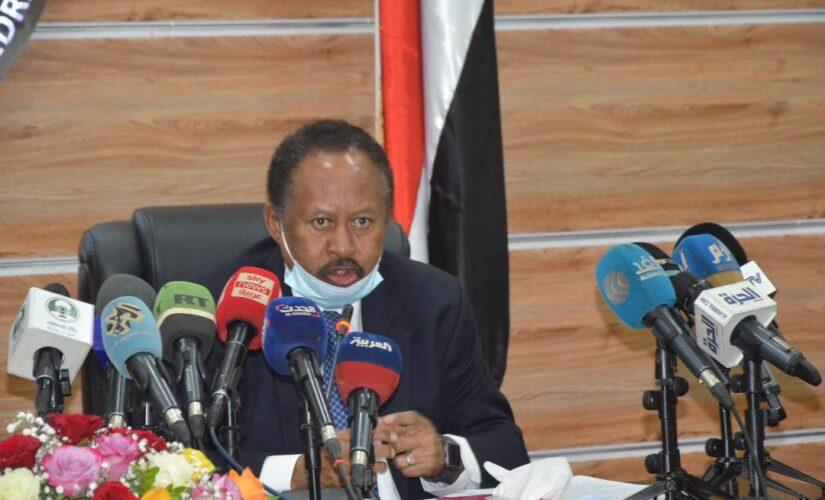حمدوك يتفقد منظومة الصناعات الدفاعية بمجمع اليرموك الصناعي