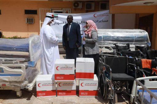 معدات طبية من الإمارات لمستشفي أحمد قاسم