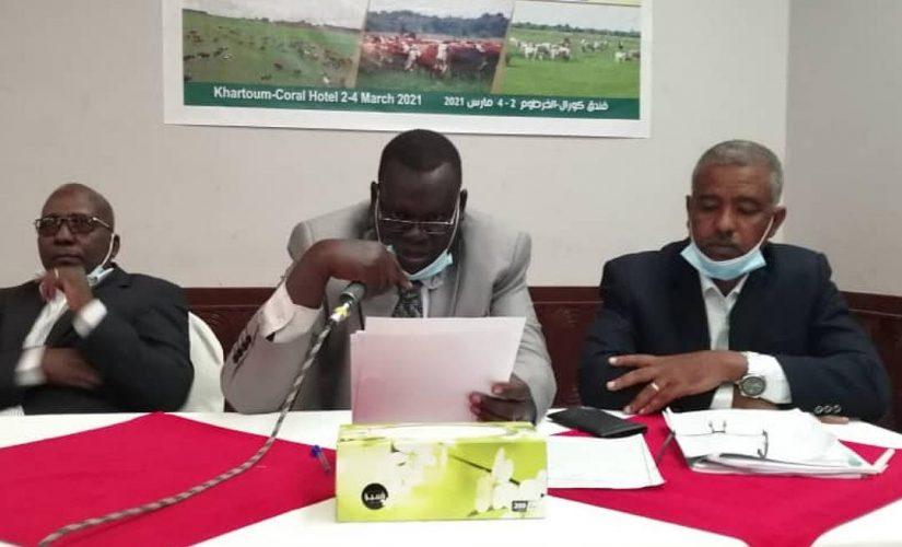 المجلس الأعلى للبيئة يدعو لمجابهة المشكلات البيئية