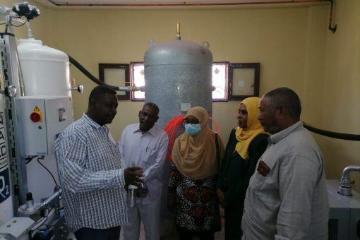 مستشفى القضارف يتسلم محطة لانتاج الاكسجين والهواء السائل