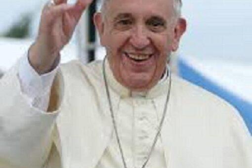 البابا فرنسيس في أول زيارة بابوية للعراق