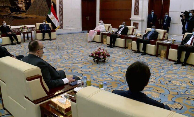بدء المباحثات المشتركة بين الجانبين السوداني والمصري