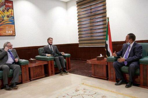 حمدوك يمتدح دور المملكة المتحدة الداعم لحكومة الفترة الانتقالية