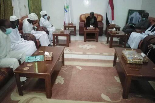 والي نهر النيل تلتقي مجلس إدارة مشروع المناصير