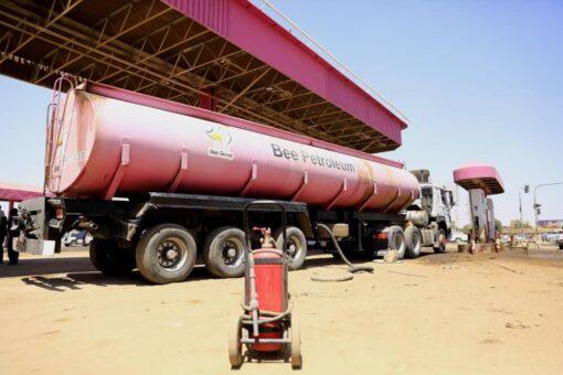 سونا تستطلع أصحاب المركبات حول توفر البنزين والجاز والغاز
