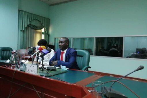أديب يؤكد استتباب الأمن بولاية وسط دارفور