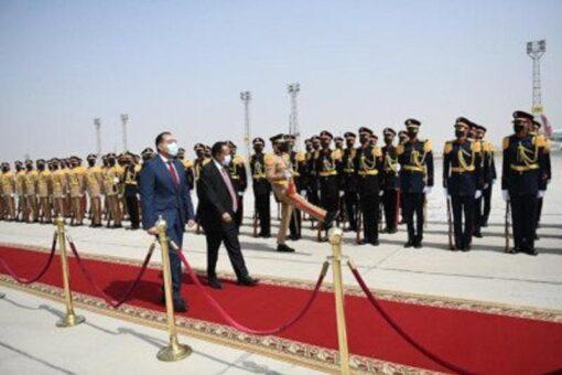 الوفد الوزاري الزائر للقاهرة يطمئن علي مصابي ثورة ديسمبر