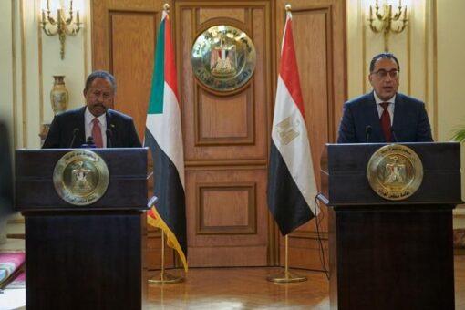 حمدوك: الإصلاحات الاقتصادية جراحة صعبة وضرورية