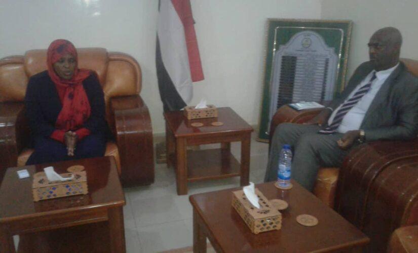 والي نهر النيل تؤكد أهمية التعاون المشترك لتحقيق الاستقرار المطلوب
