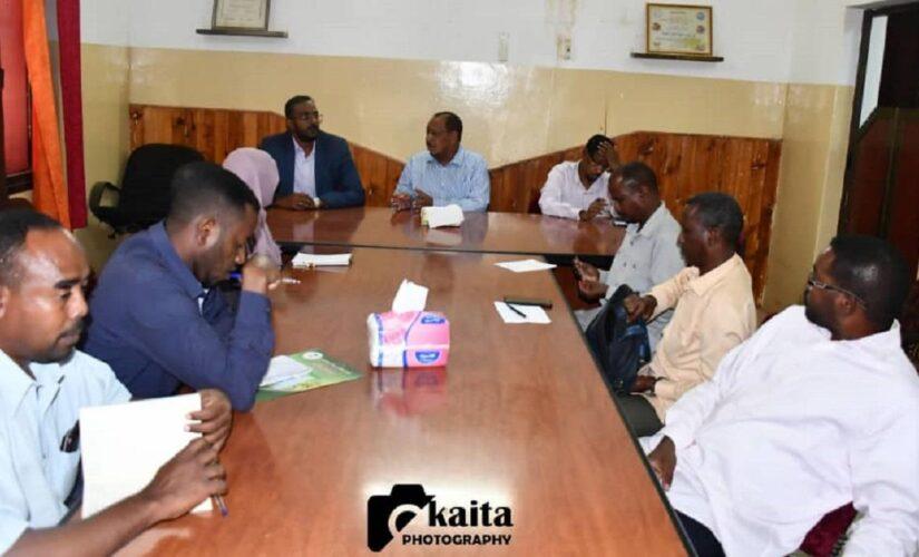 إجتماع مشترك للتأمين الصحي النيل الأبيض وجامعة الإمام المهدي