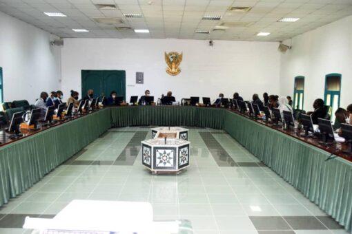 حمدوك يطلع على تنفيذ اتفاقية السلام المُنشطة بجنوب السودان
