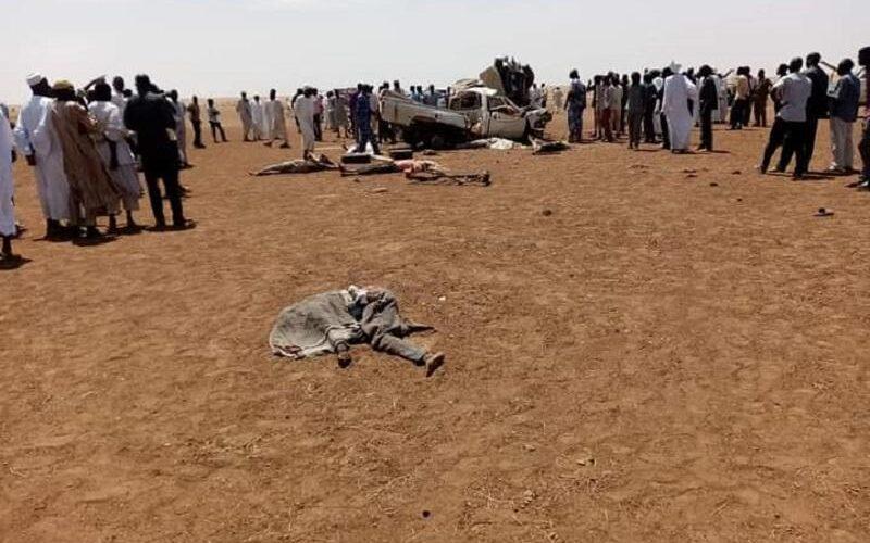 وفاة8أشخاص وإصابة واحد إثر حادث مروري بين شمال وجنوب دارفور