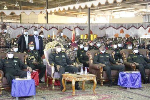 البرهان:القوات المسلحة أبوابها مشرعة للمضي قدماَ في تنفيذ الترتيبات الأمنية