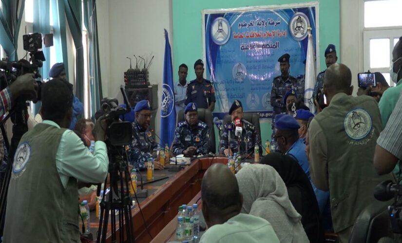 المدير العام لقوات الشرطة يناشد المواطنين بتأمين ممتلكاتهم