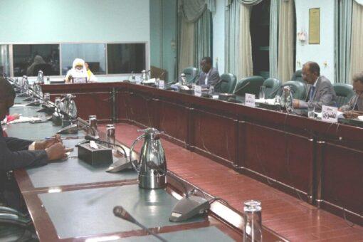 النيل الازرق تعلن حرص الحكومة تمكين شركات التعدين
