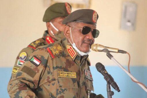 رئيس هيئة الأركان يزور الفرقة ١٩ مروي